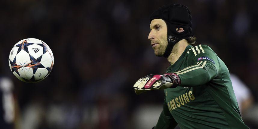 Le PSG prêt à offrir un contrat en or à Petr Cech