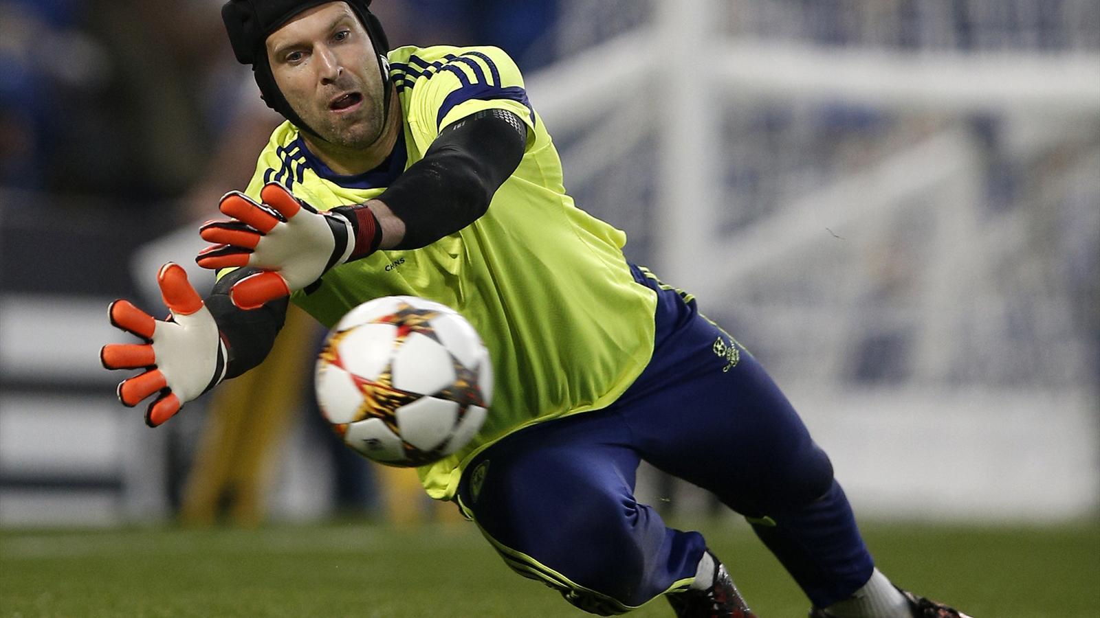 Le transfert de Petr Cech au PSG se précise