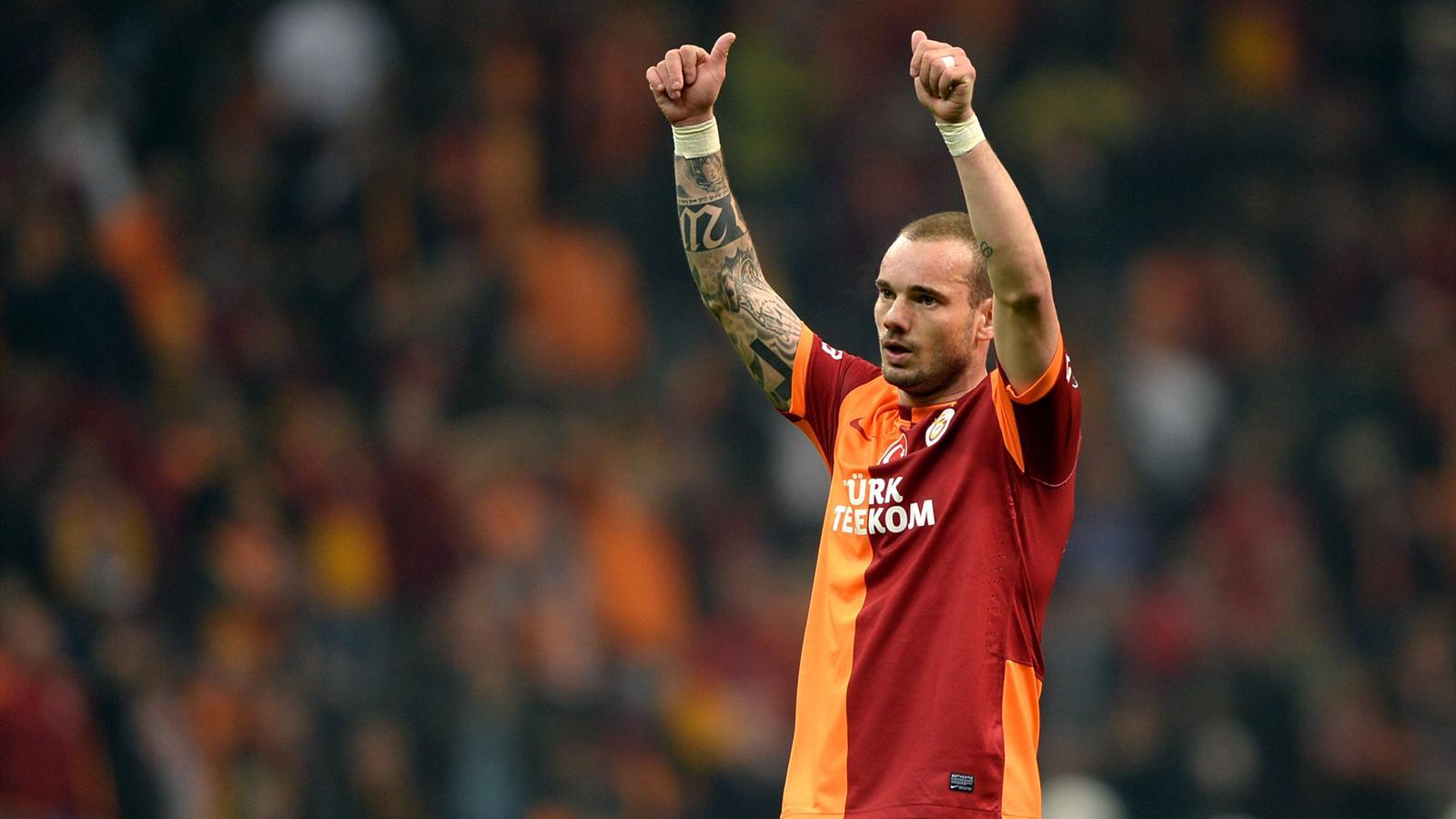 Vers un transfert de Sneijder au PSG ?