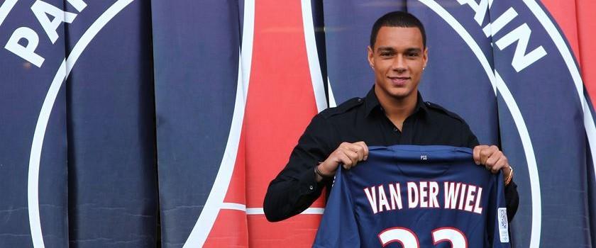 Van Der Wiel va prolonger au PSG