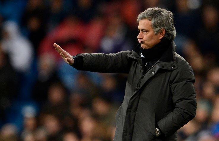 José Mourinho ne viendra pas à Paris selon Pierre Ménès